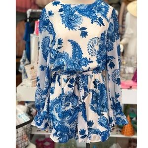 Flying Tomato Blue and White Floral Romper SZ SM